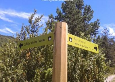 Foto: ojospirenaicos.es. Señalización de rutas y senderos